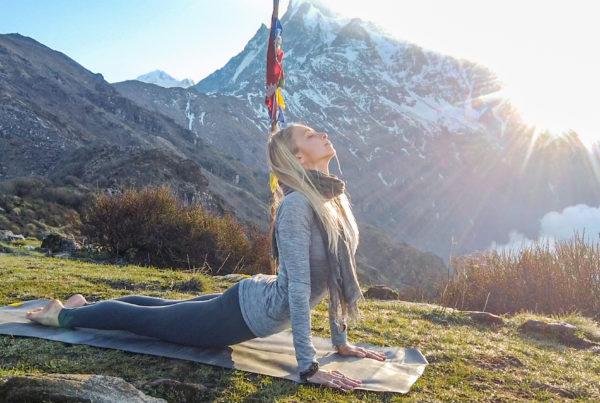 Full Body Yoga Workout with Juliana Spicoluk from Boho Beautiful