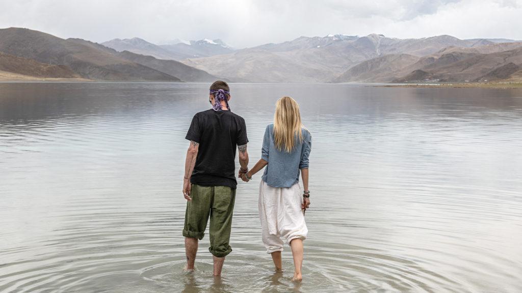mark and Juliana Spicoluk in tibet